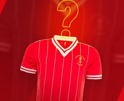 Be 1 of 10 on an LFC Legend Video Call!