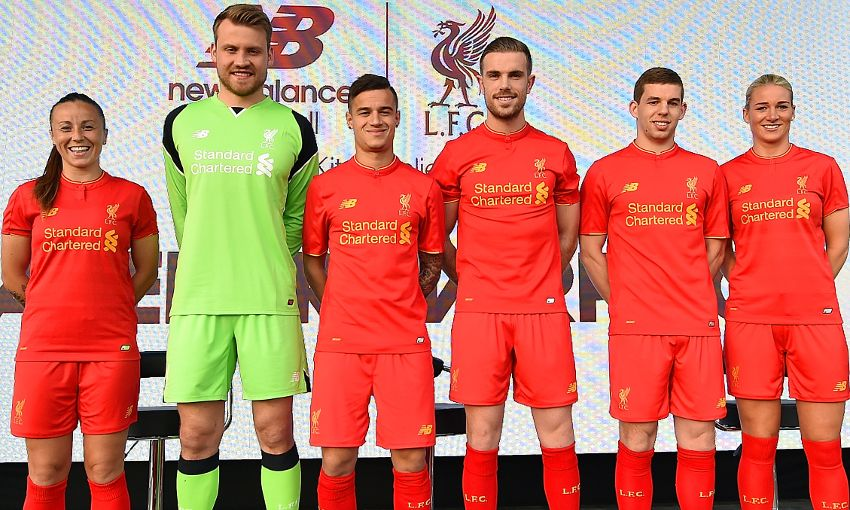 buy online 4ced5 88e91 In pictures: New LFC home kit revealed at special city event ...