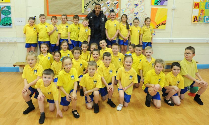 Matip visits local school to help with PL Primary Stars Programme