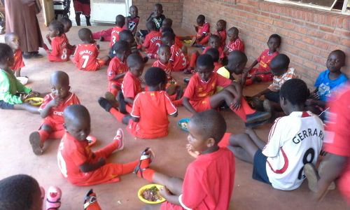 LFC Foundation teams up with KitAid at Legends game