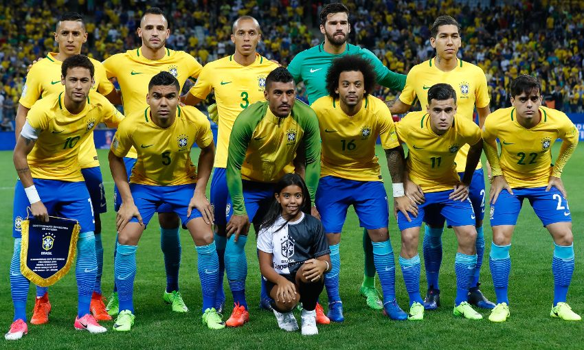 philippe coutinho hits goal in brazil victory