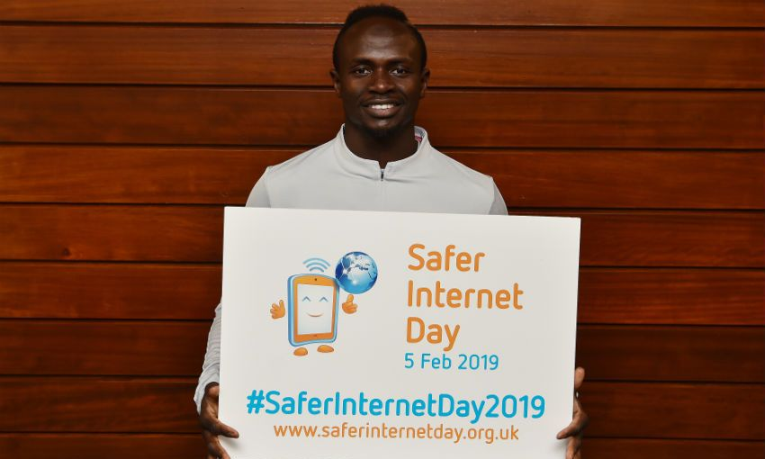 Liverpool FC supports Safer Internet Day 2019