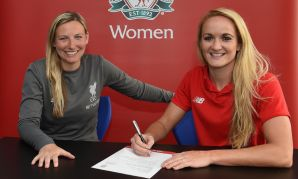 Sophie Bradley-Auckland signs new Liverpool FC Women contract