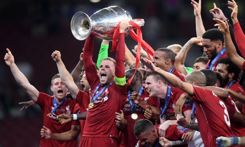 Jordan Henderson lifts Champions League trophy