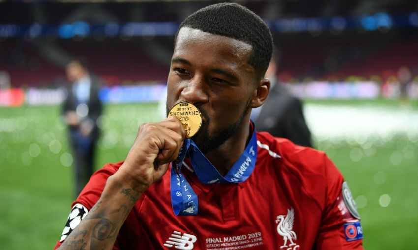 Gini Wijnaldum with Champions League winner's medal