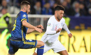 Alex Oxlade-Chamberlain in action for England