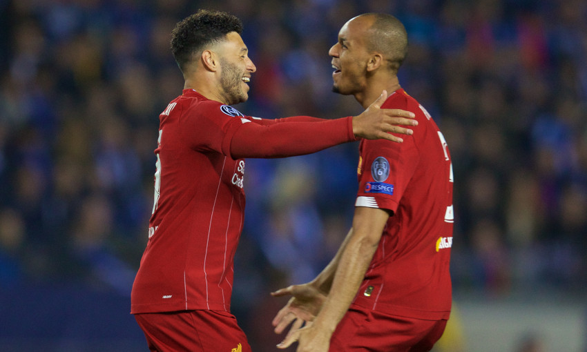 Alex Oxlade-Chamberlain and Fabinho celebrate