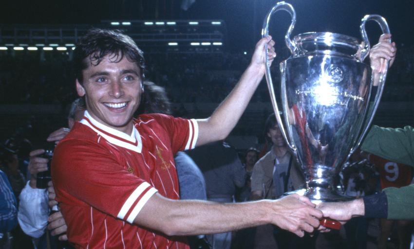 Former Liverpool striker, Robinson, dies at 61