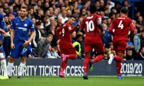 Roberto Firmino celebrates scoring against Chelsea