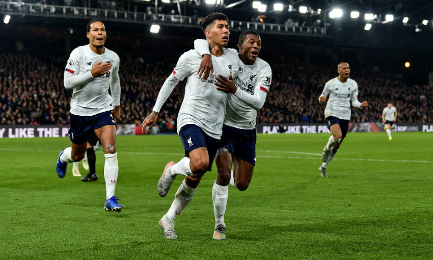 Roberto Firmino of Liverpool celebrating after scoring the winning goal during the Premier League match between Crystal Palace and Liverpool FC at Selhurst Park on November 23, 2019 in London, United Kingdom