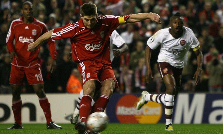 Steven Gerrard scores penalty for Liverpool v Arsenal