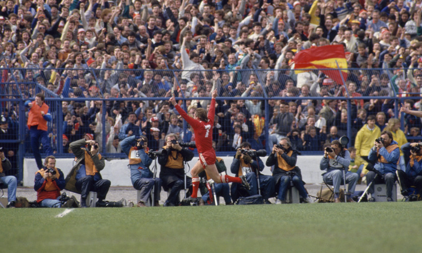 Kenny Dalglish celebrates a goal against Chelsea in May 1986