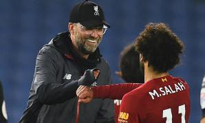 Jürgen Klopp and Mohamed Salah of Liverpool FC