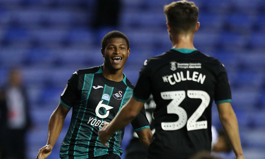 Rhian Brewster playing for Swansea City