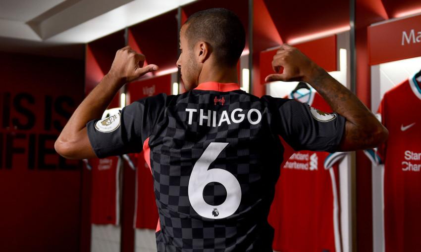 Thiago Alcantara signs for Liverpool FC